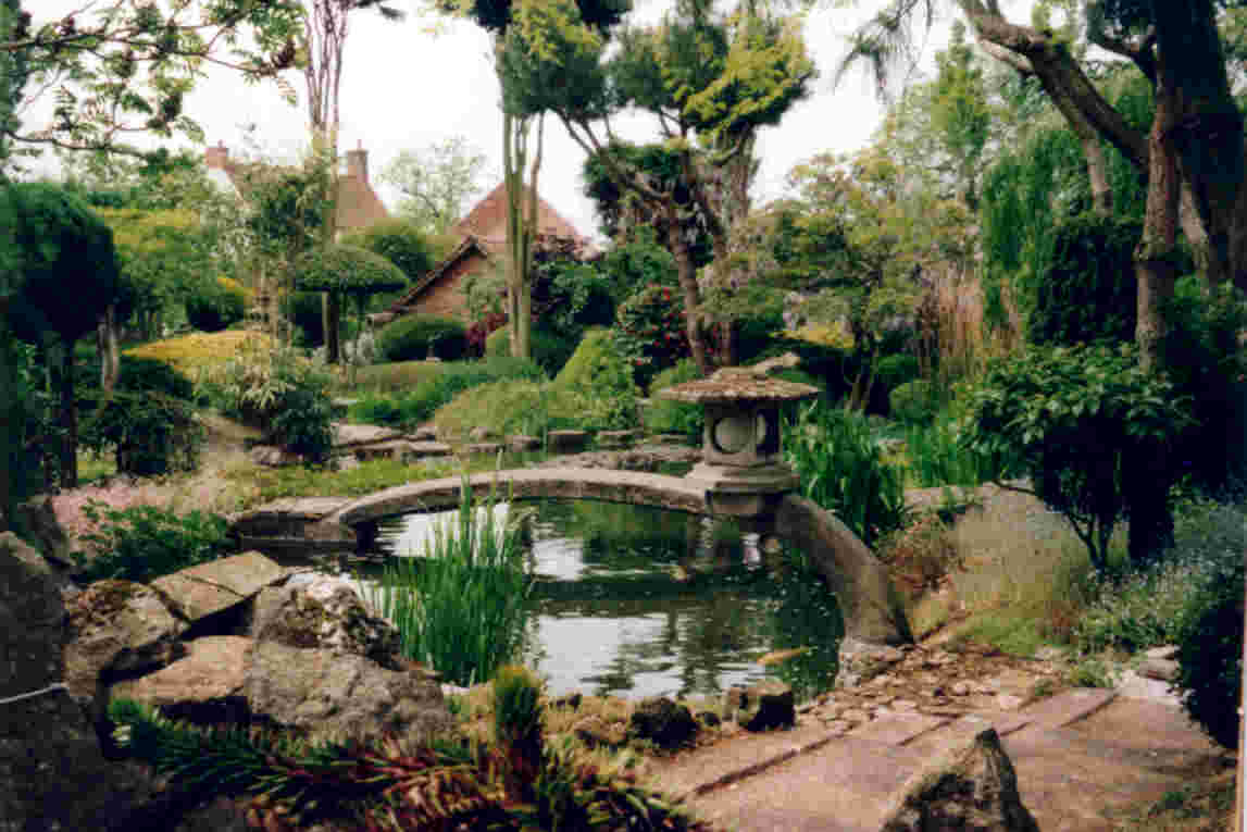 Pureland japanese garden and meditation centre simple for Japanese garden backyard designs